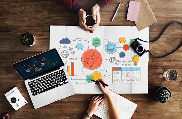 Graphic Designer - Recruitery